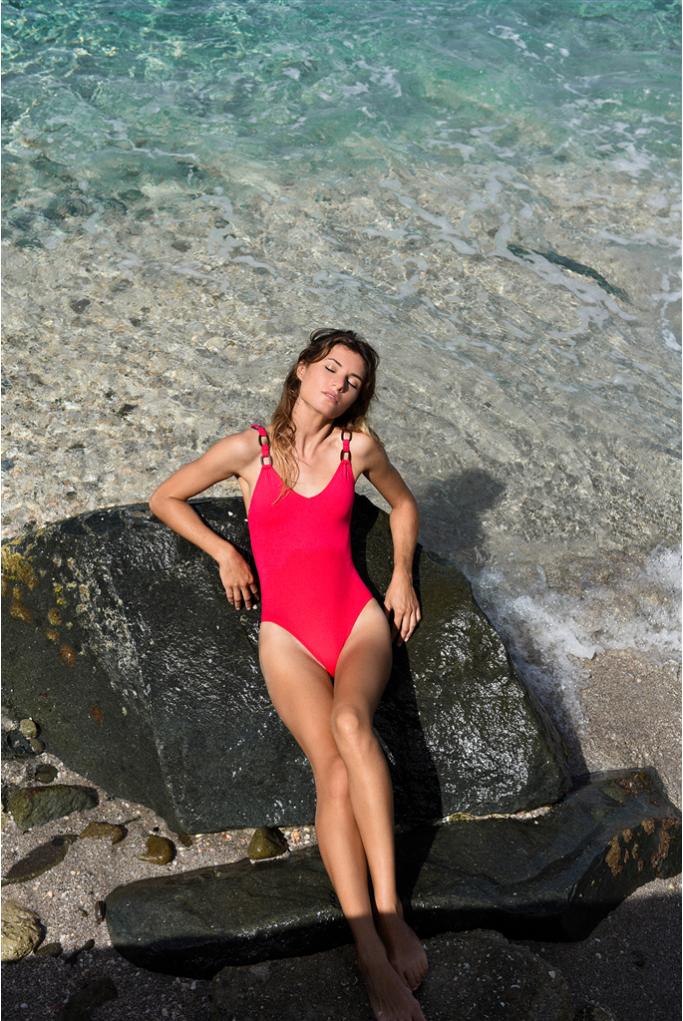 swimsuit voila